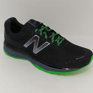 NIB. New Balance Trail Running sneaker. 13 4E wide